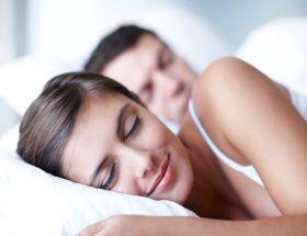 टुकड़ों में नींद लेना पड़ सकता है भारी