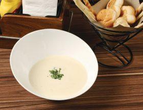 पीयें गरमागरम चैडर चीज सूप