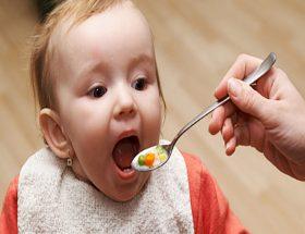 छोटे बच्चों के लिए संपूर्ण आहार