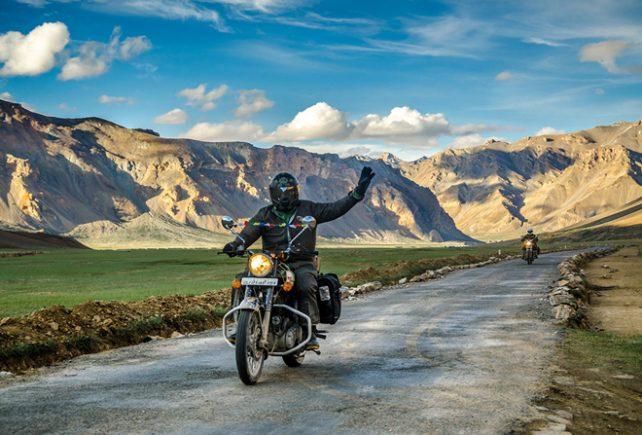 travel in hindi