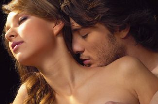 How to Kiss a Girl Passionately and Long