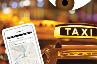 How can women be safe while travelling alone in cabs