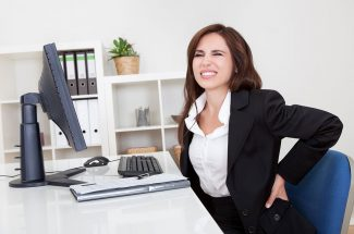 late internet surfing causes back pain