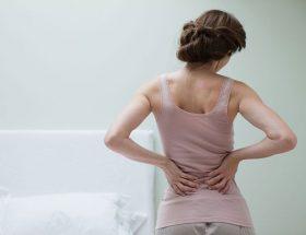 पीठ दर्द को न्योता तो नहीं दे रहे आप