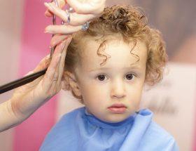 अपनाए ये उपाय ताकि मुस्कुराते रहे आपके बच्चों के बाल
