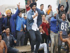 युवाओं की सोच पर बनी मनोरंजक फिल्म 'मुबारकां'