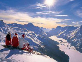 दिसंबर की छुट्टियां मनायें यहां