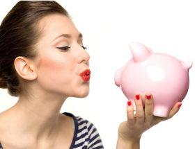 इन आसान तरीकों को आपनाकर महिलाएं बचा सकती हैं काफी पैसे
