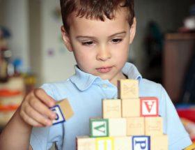 लाइलाज नहीं बच्चों में डैवलपमैंट डिस्और्डर