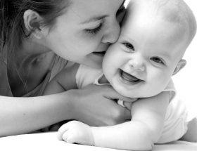 इन बीमारियों से बचाए मां का दूध