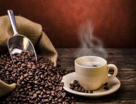 कॉफी ग्राउंड्स से घर के काम करें आसान
