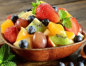 कटे फलों को रखेंगी ऐसे तो नहीं होंगे खराब