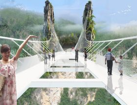कभी देखा है आपने ऐसे डरावने ब्रिज