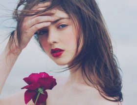 गुलाब : आपकी गुलाबी सुंदरता के लिए
