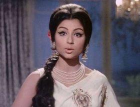 क्यों शर्मिला टैगोर ने हटवा दिए थे अपने बिकिनी पोस्टर्स?